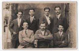 CARTE PHOTO LAHONTAA CAHORS (46) : GROUPE DE CONSCRITS ? EN 1926 - 2 SCANS - - Cahors