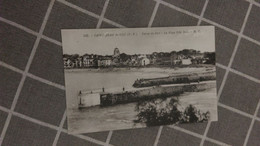 CPA - 543.  ST JEAN DE LUZ -   Entrée Du Port, La Plage Côté Sud - Saint Jean De Luz