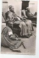 Afrique Burkina Faso L'Empereur Et A Sa Droite Son Heritier - Burkina Faso