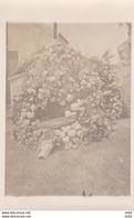 GERBE DE FLEURS AU REGRETTE CAMARADE DE LA 2EME ESCADRILLE ROBERT GALLER CARTE PHOTO - War 1914-18