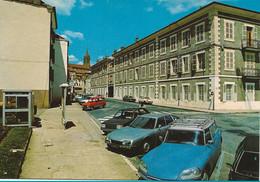 BOURBONNE LES BAINS  -  Hôpital Militaire  (DS Break, Ami 6 Et GS Citroën  -  4L Renault) - Bourbonne Les Bains