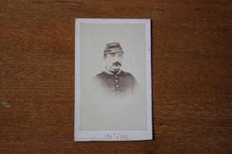 CDV Soldat Second Empire Officier Képi Brodé En 1867 à METZ  Avec Dedicace - War, Military