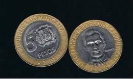 DOMINICANA  - 5 Pesos  2002  KM89 - BIMETAL - Dominicana