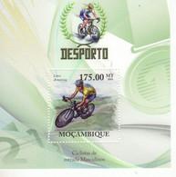 Mocambique 2010  - Ciclistas De Estrada Masculinos  -  Lance Armstrong  -  1v MS  -  Neuf/Mint/MNH - Ciclismo