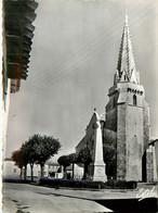 17* ILE DE RE Ste Marie – Place Eudes D Aquitaine (CPSM 10,5x15cm)          RL16,0394 - Ile De Ré