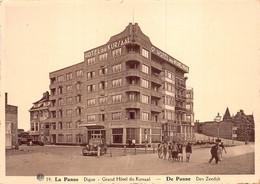De Panne Hotel Du Kursaal   Grand Hotel Du Kursaal Digue Oldtimer De Zeedijk   M 7396 - De Panne