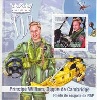 Mocambique 2013 -  Principe William, Duque De Cambridge  -  Piloto De Resgate Da RAF  -  1v MS -  Neuf/Mint/MNH - Helicópteros