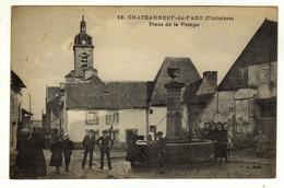 Cpa N° 13 CHATEAUNEUF DU FAOU Place De La Pompe - Châteauneuf-du-Faou