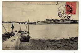 Cpa N° 2094 Rade De LORIENT Le Quai De La Perrière Et L' Ile Saint Michel - Lorient