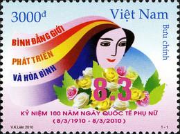 Vietnam 2350 Journée Internationale De La Femme, Rose, Flore - Famous Ladies