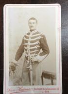 CDV - Photographe -Militair -Leon Huisman - Liege 1880 Uniform ,sabel - Old (before 1900)