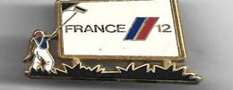 PIN'S FRANCE 12 SIGNE ARTHUS BERTRAND - Arthus Bertrand