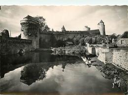 35 - Fougères - Les Remparts Nord Du Château - Laveuses - Animée - Mention Photographie Véritable - CPSM Grand Format - - Fougeres
