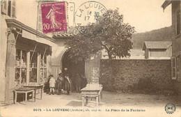 07 - LA LOUVESC - LA PLACE DE LA FONTAINE - Edition D'Art Margerit Brémond - 9071 - La Louvesc