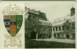 UK - LINCOLN - COLLEGE + COAT OF ARMS - EMBOSSED POSTCARD 1910s (11259) - Lincoln