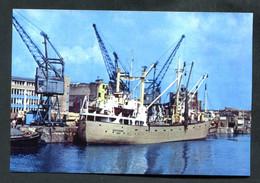 """Photo-carte Moderne - Le Cargo """"Westerems De Leer Dans Le Port De Bristol En 1976"""" - Commercio"""