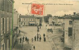 CPA - STE-HERMINE - VUE GÉNÉRALE DE LA PLACE ST-HERMANT - Sainte Hermine