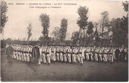 FR08 SEDAN - Quartier De L'Asfels - 147° D' Infanterie - Compagnie à L'exercice - Animée - Belle - Sedan