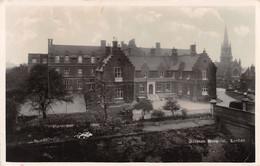 German Hospital London - Non Classificati