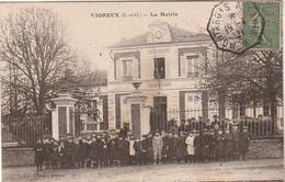 Cpa Vigneux La Mairie Très Animée Avec Enfants - Vigneux Sur Seine