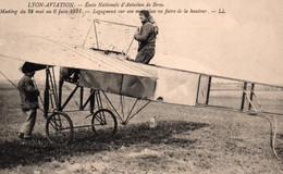 Lyon, Meeting 1911 - Ecole Nationale D'Aviation De Bron - Legagneux Sur Son Monoplan - Carte LL Non Circulée - Reuniones