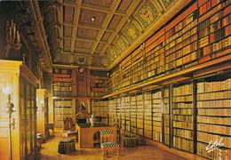 Postcard Le Valois Chantilly Le Chateau My Ref B24902MD - Chantilly