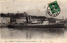 BREST - I971  1/5 -  Le Bateau Faisant Le Service D'Angleterre. - Brest