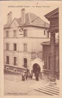 92 BOURG La REINE La Maison Vicariale , Curé Et Bonne Soeur Devant L'entrée - Bourg La Reine