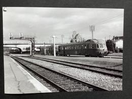 Photographie Originale De J.BAZIN :C.F.secondaires Du Nord-Est : Ligne HAM Gare ST QUENTIN En 1955 - Treni