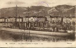 CPA - TOULON - LE CONTRE-TORPILLEUR ET LES QUAIS - Toulon