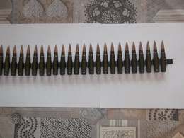 Bande De Mitrailleuse Garnie Allemande MG 34 Ou MG42 - Decotatieve Wapens