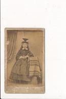 Cdv Photo Sur Plaque Cartonnée Format 6,5 X 10 Cm ( Photographe CANARD à LOUHANS ) Coiffe Bressanne Bressane  Je Pense - Louhans