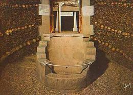 PARIS        H973        Les Catacombes De Paris.Fontaine De La Samaritaine - Otros