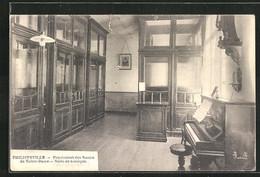 AK Philippeville, Pensionnat Des Soeurs De Notre-Dame, Salle De Musique - Philippeville