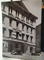 Cartolina   Villeneuve Valle D'Aosta Municipio ,scuole Comunali ,fiat Topolino - Aosta