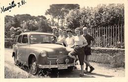 """MARSEILLE  -  Lot De 2 Clichés D'une Voiture Anglaise  """" HILLMAN """" En 1951 -  Voir Description  -  ¤¤ - Non Classés"""