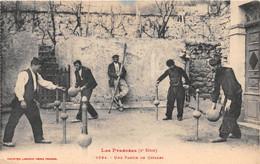 Les Pyrénées - Une Partie De Quilles - Zonder Classificatie