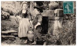 29 Costumes Bretons - A La Fontaine - Enfants Des Environs De CONCARNEAU - Concarneau