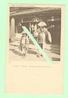 S158 - JAPON - Nagoya - Mendiantes Jouant Du Sa-Missen - Instrument De Musique - Cliché Du Docteur De Beurmann - Nagoya