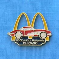 1 PIN'S //  ** CHEVROLET CORVETTE / ROCK & ROLL Mc Donald's. / CHICAGO ** - Corvette