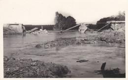 BERNIERES - NOGENT SUR SEINE - AUBE - (10)  - CPA - LE PONT DE BERNIERES DETRUIT EN 1940..... - Nogent-sur-Seine