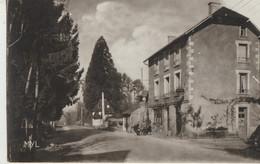 Peyrat-le-Chateau  87  Hotel-Restaurant  BOISDELETANG  Avec Terrasse Animée - Other Municipalities