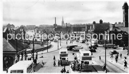 STOCKPORT MERSEY SQUARE OLD R/P POSTCARD CHESHIRE BUSY BUS SCENE - Other