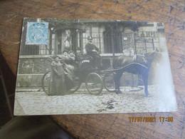 Carte Photo Famille Fiacre Taximetre - Photographie