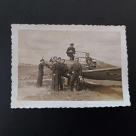 Toussus-le-Noble Aérodrome Farman 18/06/1946  LE JOUR DE DEMOBILISATION  2 PHOTOS 9CM/6CM - Documenten