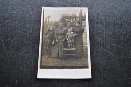 Photo Carte Originale A La Photographie Ouvrière Delaye Degrave Rue Watelart Jumet Heigne Non Circulée Hainaut Charleroi - Altri