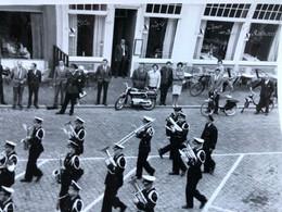 Fanfare Musiekkapel Politie Van Antwerpen Breda 1953 Feesten Folklore Police D'anvers à Une Fête Folklorique Hollande 2 - Breda