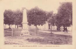 45 : La Selle Sur Le Bied : Le Monument Aux Morts   ///  Ref. Juil 21  /// N° 16.445 - Altri Comuni