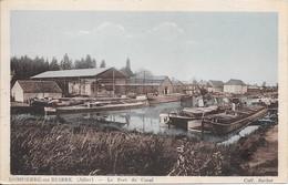 DOMPIERRE-sur-BESBRE : Le Port Du Canal (vue Sur Des Péniches) - Other Municipalities