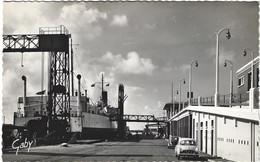 59  Dunkerque    - La Gare Maritime Et L'entree Du Ferry- Boat - Dunkerque